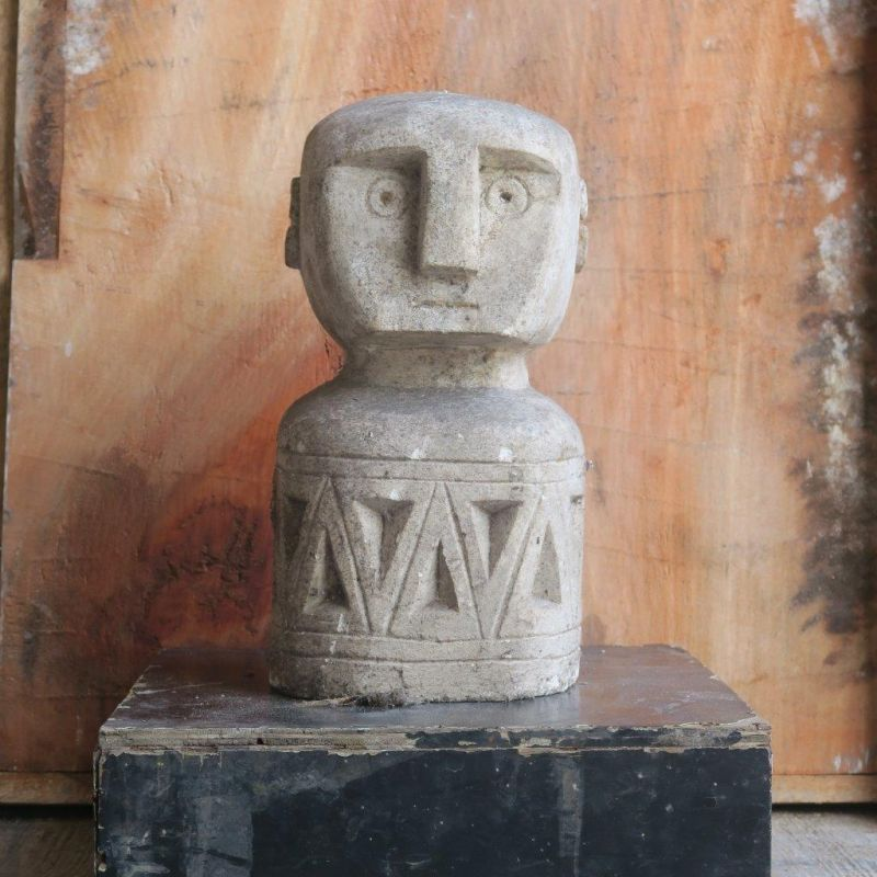 PRIMITIVE STONE STATUE FAT 30 CM
