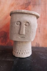 MEDIUM PRIMITIVE FIGURE WITH HAT