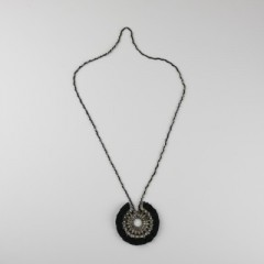 NECKLACE UNITED BLACK TEXTILE AND BRASS BLACK AND SILVER