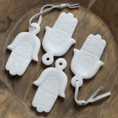 GM9WZE-HAND-HAMSA-MARBLE-SIZE9X7-2KG-13EURO       - DECOR ITEMS