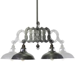 HANGING LAMP EXTENDING INDUSTRIAL IRON